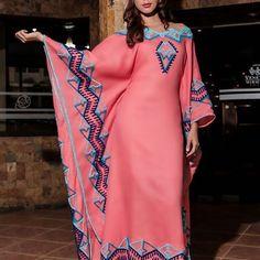 La primera obligación de toda persona es ser feliz...  Ponle color a tu vida con esta hermosa manta con aplicaciones en bordado peyon, fotografiado bajo el lente de @luisbolivarfoto Modelo: @rubiasemprun Dirección de Arte: @jdlpmoda  #Aikaa es #Moda #Fashion #ArteWayuu.  #ArteParaUsar  #ArteTextil #Wayuu #Guajira #hechoamano #textileart #bordadosamano #modaetnica #Mantas #sombreros #Accesorios #Venezuela #Maracaibo #Caracas #Colombia #NYC #Miami #Mexico #mujeres #hombres #Wendding #Novia... Muslim Fashion, Ethnic Fashion, Hijab Fashion, Fashion Outfits, African Wear, African Dress, Plus Size Stores, Mexican Dresses, African Fashion Dresses