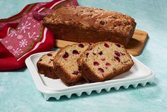 Cranberry Nut Bread is a yummy, kidney-friendly recipe from a DaVita dietitian. Davita Recipes, Kidney Recipes, Kidney Foods, Kidney Health, Pumpkin Cranberry Bread, Nut Bread Recipe, Protein Foods, Protein Recipes, Diet Recipes
