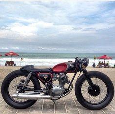 Flat red custom