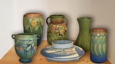 Rookwood Pottery, Antique Pottery, Roseville Pottery, Blue Candle Holders, Pottery Patterns, William Morris Art, Talavera Pottery, Hand Thrown Pottery, Pottery Marks