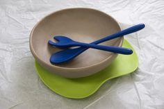 Dinosaur Designs Resin Platter, Salad Bowl and Salad Servers - ALLBIDS Auction 556178