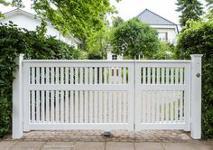 Grill Gate Design, Front Gate Design, Door Gate Design, House Gate Design, Fence Design, Metal Gates, Wooden Gates, Modern Window Grill, Black Exterior Doors