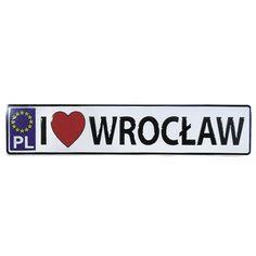 Placa de metal imán Wroclaw.  Un imán de metal con las palabras Wrocław.  #wrocław #imán #imándenevera Magnet, Licence Plates, Cool Gadgets, Magnets, Words
