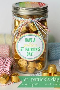 Golden Gift Idea Cute and Easy St. Patrick's Day Gift idea with free print Jar Gifts, Food Gifts, Holiday Treats, Holiday Fun, All You Need Is, St. Patricks Day, Saint Patricks, St Patrick's Day Gifts, Luck Of The Irish