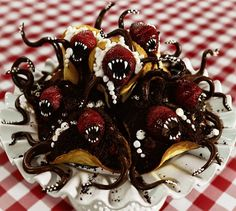 Gothic Bake Queen! Awesome! | Meet the gothic bake queen whose creepy cakes are storming Instagram - People - Stylist Magazine