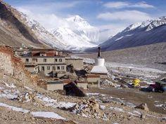 Rongbuk (Rongpu) monostor, Tibet