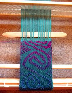 """lisa-rayner: """"I've had questions on exactly how I am making my freeform overshot mermaid scarf from Inkle Weaving, Inkle Loom, Card Weaving, Weaving Yarn, Tablet Weaving, Weaving Textiles, Weaving Patterns, Tapestry Weaving, Stitch Patterns"""