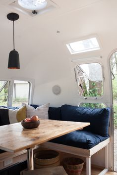 We love a good fleet of design savvy vintage Airstreams and the transient lifestyle they encourage for all. So naturally, The Modern Caravan has our heart-eyed emojis going cray right now. With a handful of *gorgeous* Airstream renovations under...