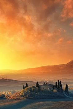 Autumn Sunrise... Tuscany, Italy Val D'orcia Siena