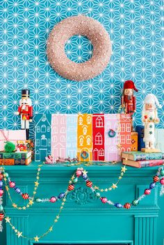 🌟Tante S!fr@ loves this 📌🌟 A painted Christmas village is all you need to bring a dose of seasonal cheer (and colour!) to your Christmas mantel, sideboard, or console table! Grab your Americana Acrylic Paints & Dazzling Metallics to get started. Modern Christmas, Christmas Home, Christmas Holidays, Xmas, Christmas Ideas, December Holidays, Whimsical Christmas, Coastal Christmas, Victorian Christmas