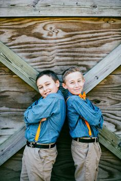 Handsome helpers @horsecreeknc in Eagle Springs, NC | Photo by @maegoni |