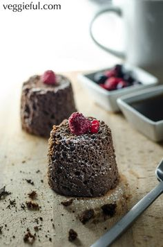 Veggieful: 2 minute Vegan Microwave Chocolate Muffin
