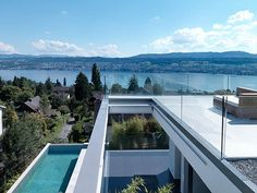 Feldbalz is a new home overlooking Lake Zurich designed by Swiss architect Gus Wüstemann. The three-storey house includes space for children on the ground floor, which leads to the. Residential Architecture, Interior Architecture, Interior And Exterior, Interior Design, Level Homes, Architectural Elements, Home And Family, Family Life, Construction
