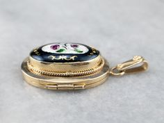Vintage Lockets, Gold Locket, Cameo Ring, Something Old, Eternity Bands, Gold Material, Bracelet Watch, Gifts For Her, Wedding Day