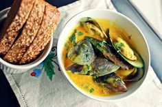 Buttered Up: Coconut milk mussels & unlikely flavors