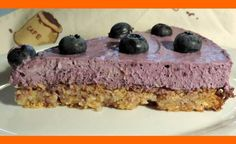čučoriedkový koláč s orechovým korpusom