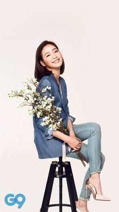 Kim go eun. She has the cutest smile ever! Kim Go Eun Style, Kim So Eun, Kim Ji Won, Korean Actresses, Korean Actors, Korean Star, Korean Girl, Korean Beauty, Asian Beauty