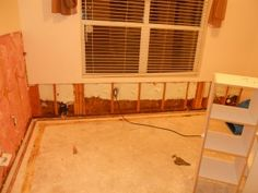 ERX Emergency Restoration uses the latest technology to remove water and to dry floors, walls and ceilings, saving you both time and money while also saving your valuable belongings. Our technicians have extensive training in water removal and water damage cleanup, and are available to assist you in any emergency – large or small.