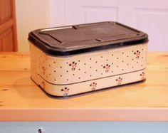 fresh tin bread box