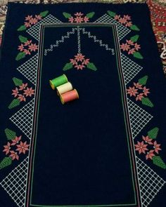 This Pin was discovered by sıd Muslim Prayer Mat, Prayer Rug, Cross Stitching, Cross Stitch Embroidery, Hand Embroidery, Filet Crochet, Satin Fabric, Table Runners, Diy And Crafts