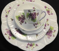 Shelley Violets Dainty Set of 4 Place Setting Plate Tea Cup and Saucer | eBay
