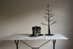 Quick and cute: Chalkboard Haunted House DIY