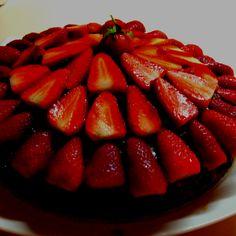 Strawberry caramel chocolate cake;)