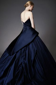 Zac Posen Resort 2015 Style Couture, Couture Fashion, Fashion Show, Runway Fashion, Fashion Women, Couture 2015, Evening Dresses, Prom Dresses, Wedding Dresses