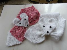 Explanation tutorial the scarf fox child - the frog knits Knitting For Kids, Free Knitting, Knitting Projects, Baby Knitting, Knitting Patterns, Crochet Patterns, Knitted Shawls, Crochet Scarves, Knit Crochet