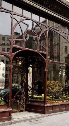 Art Nouveau entrance Brussels Paul Ankar 1896 431575_433829783341894_300506857_n.jpg (394×719)