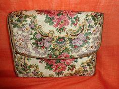 Vintage Mäppchen - Tasche*Strumpftasche*Vintage*geblümt*romantisch* - ein Designerstück von SweetSweetVintage bei DaWanda