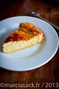 """Tupperware or its easy recipes … The proof with this """"second flan"""" that carries … - Recipes Easy & Healthy Tart Recipes, Sweet Recipes, Dessert Recipes, Cooking Recipes, Mousse, Flan Dessert, Tupperware Recipes, Quick Easy Meals, Yogurt"""