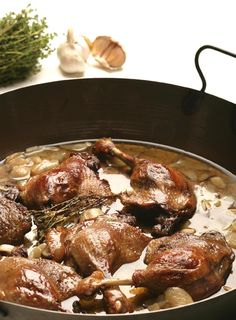 Konfitált kacsacomb - Stahl.hu Pork, Beef, Chicken, Recipes, Steel, Kale Stir Fry, Meat, Ripped Recipes