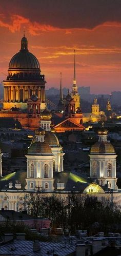 Saint Isaac's Cathedral dominates the city skyline, St. Petersburg, Russia