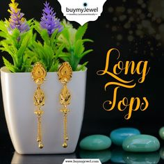 Glow is the essence of beauty. Select from our beautiful range of Long Tops. Gold Jhumka Earrings, Indian Jewelry Earrings, Jewelry Design Earrings, Gold Earrings Designs, Gold Jewellery Design, Womens Jewelry Rings, Jewlery, Most Expensive Jewelry, Gold Earrings For Women
