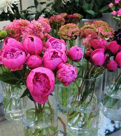Peonías, una flor protagonista en ramos de novia y decoraciones florales. #peonía #peonías #peonia #moonflowerartefloral #ramodenovia #bouquet