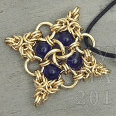 Instructions :: Tutorials :: Scott David Plumlee Tutorials :: Pendant Tutorial - Beaded Quatrefoil - Aussie Maille - Chain Maille Supplies. ...