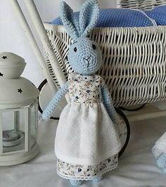 livushka / Slečna zajková - modrá Crochet Toys, Organization, Bags, Home Decor, Getting Organized, Handbags, Crocheted Toys, Organisation, Room Decor