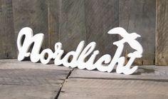 Buchstaben & Schriftzüge - Nordlicht - schöner Holz-Schriftzug mit Möwe - ein Designerstück von Julies_Welt bei DaWanda