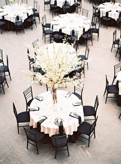black and white wedding inspiration // Cleveland Museum of Art wedding // photo by Lauren Gabrielle Photography