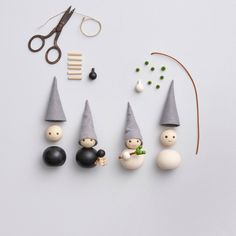 Handmade Christmas Decorations, Christmas Crafts For Kids, Diy Christmas Ornaments, Felt Christmas, Homemade Christmas, Christmas Projects, Simple Christmas, Tree Decorations, Holiday Crafts