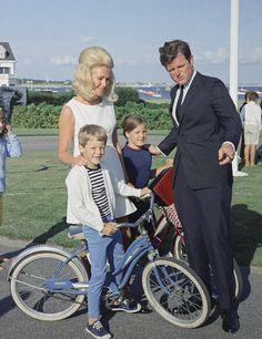 Joan, Ted, Teddy jr & Kara Kennedy