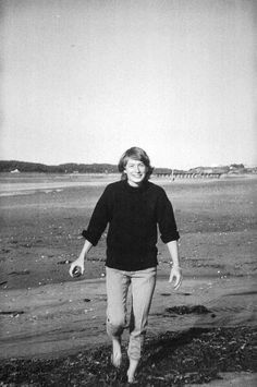 Mary Oliver on What Attention Really Means and Her Moving Elegy for Her Soul Mate | Brain Pickings