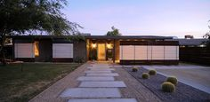 mid century modern curb appeal | front walk
