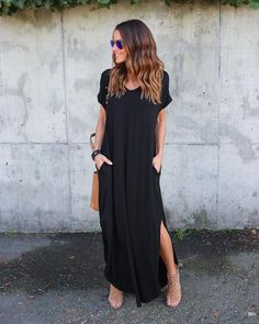 03/21/17: PREORDER ships in 1-2 weeks! Our best selling dress is back and better than ever. A super soft long maxi dress is an ideal go to. This loose fit maxi has two side pockets and side slits on t