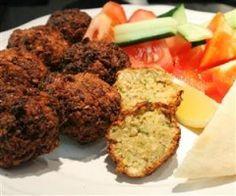 Falafel kiemelt kép Vegan Vegetarian, Vegetarian Recipes, Healthy Recipes, Healthy Food, Quiche Muffins, Falafel, Eat Pray Love, Hungarian Recipes, Tandoori Chicken