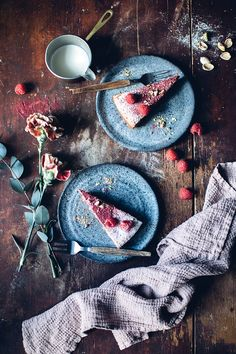 Gluten-free Polenta Cake with Raspberries and Pistacchios