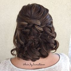 Half up wedding style for medium length or short hair
