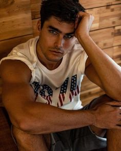 Charlie Matthews by Marco Ovando Nathan Owens, Charlie Matthews, Fashion Photography Poses, Interesting Faces, Good Looking Men, Handsome Boys, Gorgeous Men, Male Models, Movie Stars