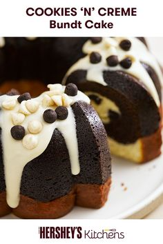 In the mood for cookies and creme? Get creative with a Cookies 'N' Creme Cream Cheese Bundt Cake. This easy recipe is made with HERSHEY'S Cookies 'N' Creme Baking Pieces. This bundt cake will surely become a family favorite!